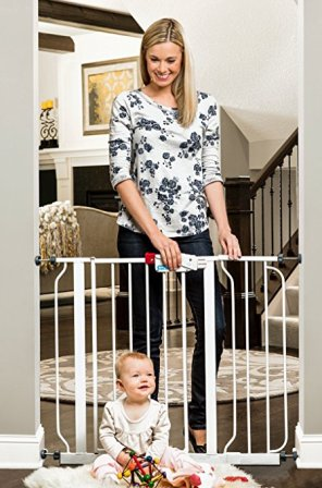 Regalo Easy Step 38.5-Inch Extra Wide Baby Gate